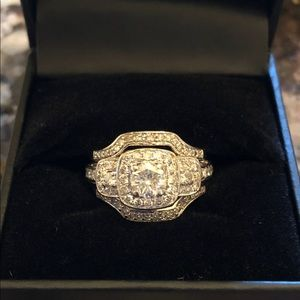 Jewelry - 14k white gold Diamond ring with two diamond bands